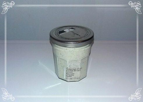 Sublime gommage à la noix de coco Blancrème