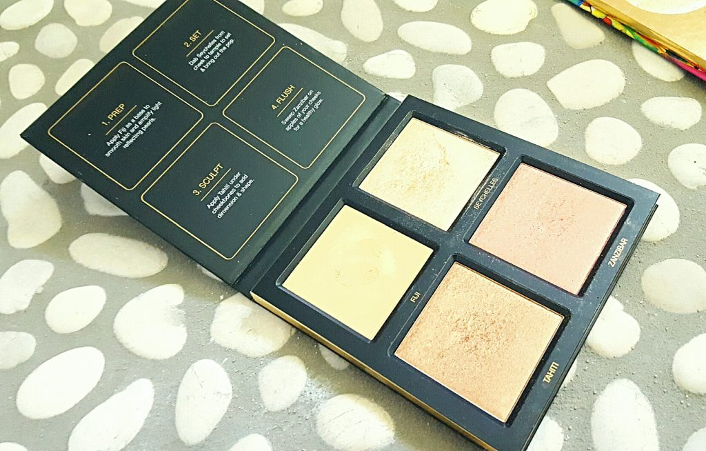 avis palette 3 D highlighter Hudabeauty