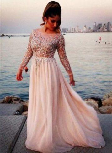 Longue robe pailleté mariage magnifique
