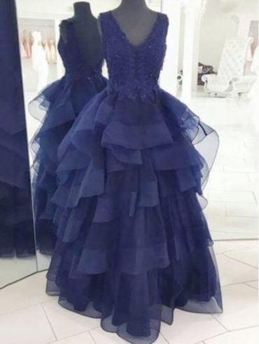 grande robe bleu en franges noel evenements sassymyprom