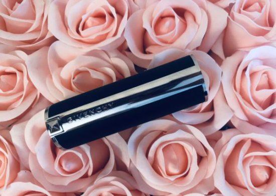 test lipstick mat